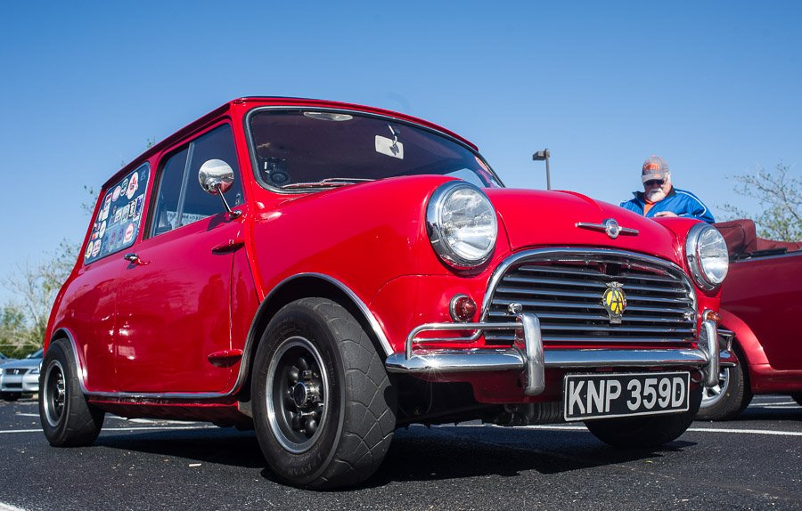 This is Dean Wilhite's super cool Mini.  He just finished a complete rebuild including the motor.