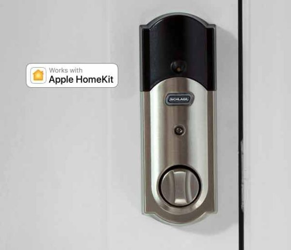 This is what the Sense looks like from inside. The battery compartment is on top - it takes 4 AAA batteries. The unit works with Apple HomeKit, meaning it is fully integrated with the Apple ecosystem - as long as it is in within range of a bluetooth device such as an Apple TV, iPhone or iPad.
