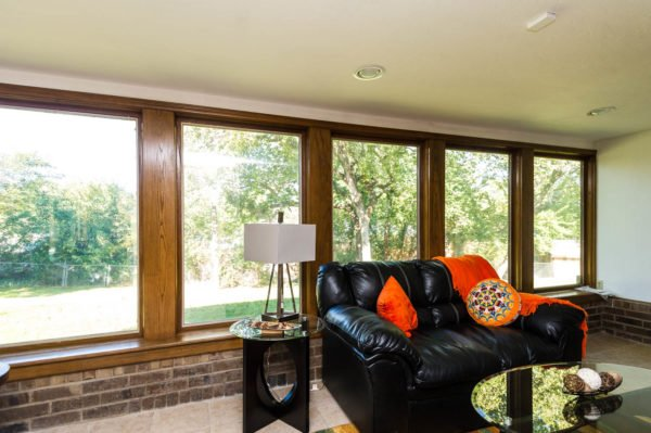 Clean windows help potential home buyers see the outdoor view rather than dirty windows.